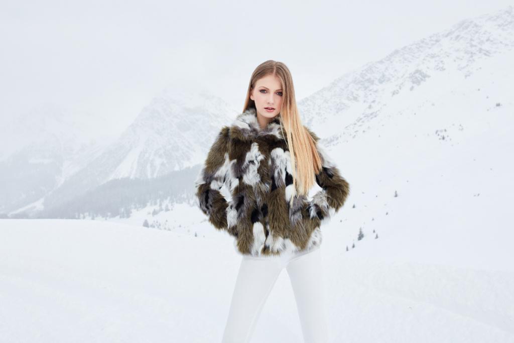 38-Dyskont-Odziezowy-modelka_Faustyna_Mikos