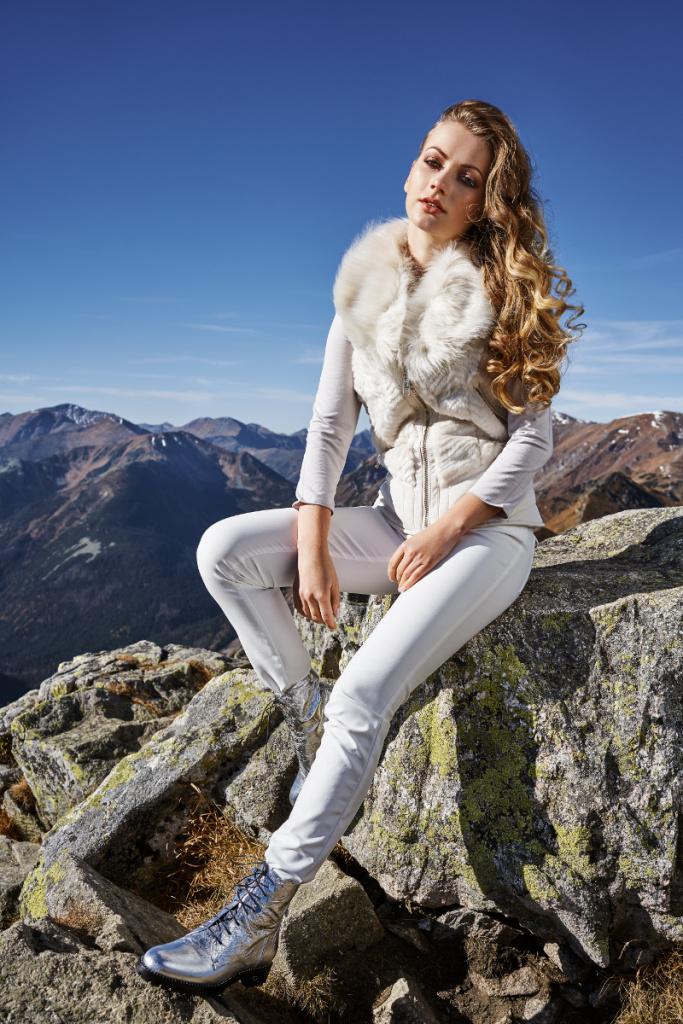 10-Dyskont-Odziezowy-modelka_Faustyna_Mikos