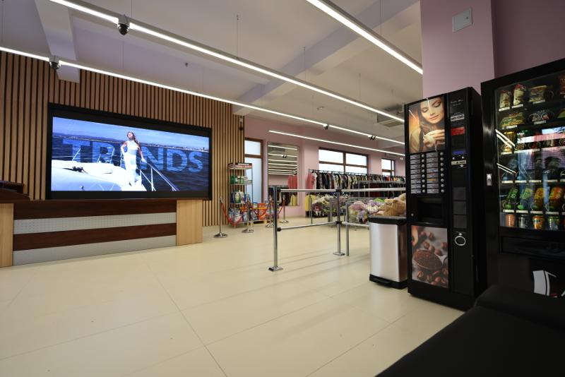 Sieć dyskontów Odzieżowych Tania Odzież - wnętrze sklepu